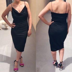 Dresses & Skirts - Draped Slinky Chíc Midi - hides cellulite lol -NWT